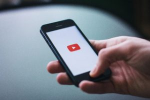 How much does YouTube pay per view? The Real reports revealed