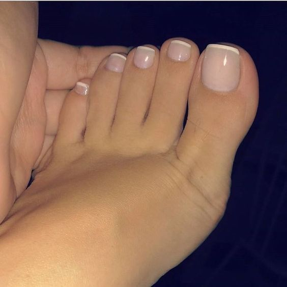 White French Tip Manicure